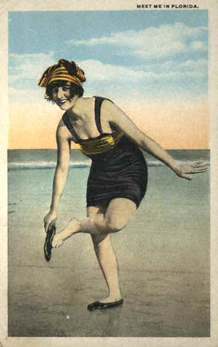 Old Post Card Women in bathing suit